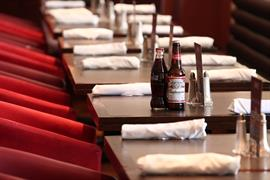 manor-hotel-meriden-dining-01-83947