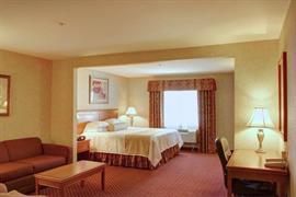 05631_005_Guestroom