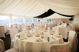 new-house-country-hotel-wedding-events-05-83444