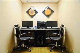 10387_004_Businesscenter