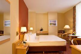 95477_003_Guestroom