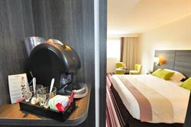 93785_003_Guestroom