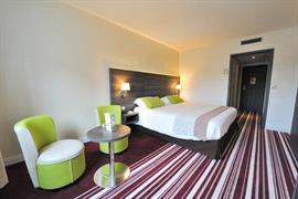 93785_004_Guestroom