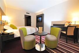 93785_005_Guestroom