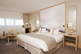 93780_006_Guestroom