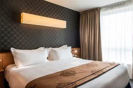 93716_002_Guestroom