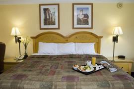 03116_007_Guestroom
