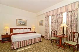 48128_006_Guestroom