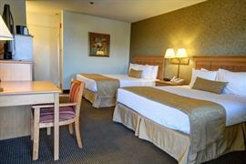 05665_006_Guestroom