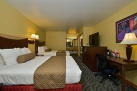 06144_004_Guestroom