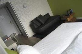 92732_001_Guestroom