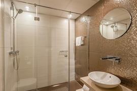 92732_007_Guestroom