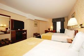 33085_007_Guestroom