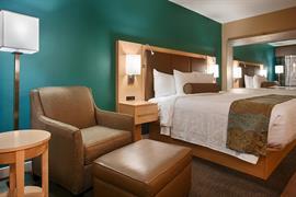 05521_004_Guestroom