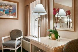 05521_007_Guestroom