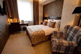 91207_004_Guestroom