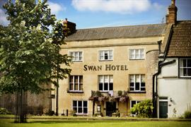 swan-hotel-grounds-and-hotel-18-83076