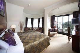 connaught-hotel-bedrooms-07-83679