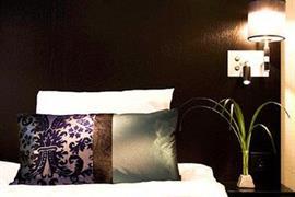88167_007_Guestroom