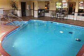 37102_003_Pool