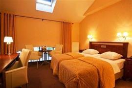 92925_006_Guestroom