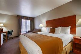 05683_007_Guestroom
