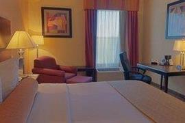 10285_003_Guestroom