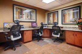 10285_004_Businesscenter