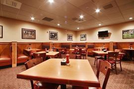 36155_002_Restaurant