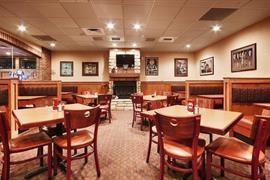36155_003_Restaurant
