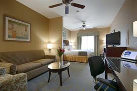 05688_006_Guestroom
