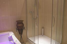 west-retford-hotel-bedrooms-03-83857