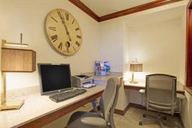 45043_002_Businesscenter