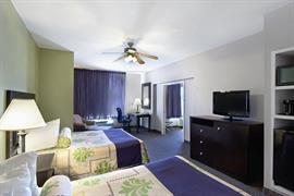 44503_007_Guestroom