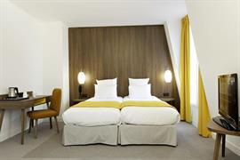 93790_004_Guestroom