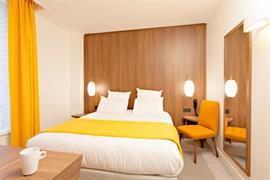 93790_006_Guestroom