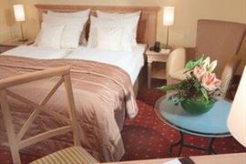 95092_005_Guestroom