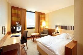 95010_003_Guestroom
