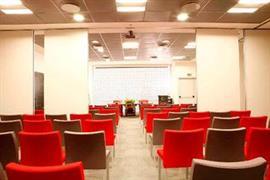 98295_001_Meetingroom