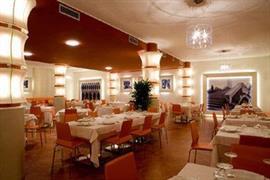 98295_005_Restaurant
