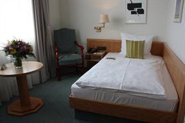 95341_003_Guestroom