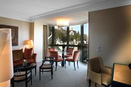 93754_001_Guestroom