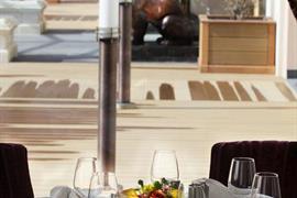 93754_004_Restaurant
