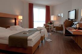 95390_006_Guestroom