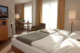 95390_007_Guestroom