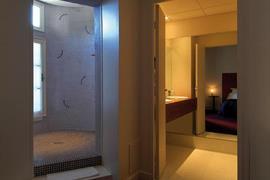 93584_004_Guestroom