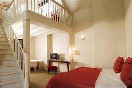 93584_006_Guestroom