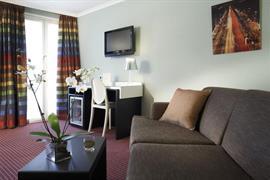 93640_003_Guestroom