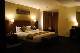 76750_007_Guestroom
