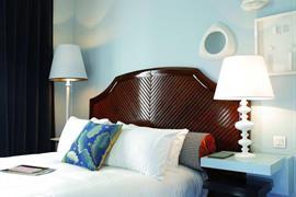 93808_007_Guestroom